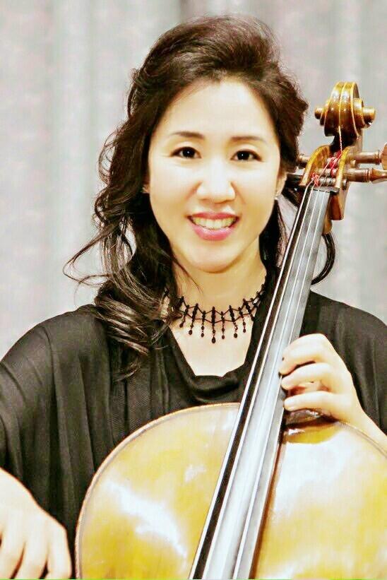 Ellie Wee