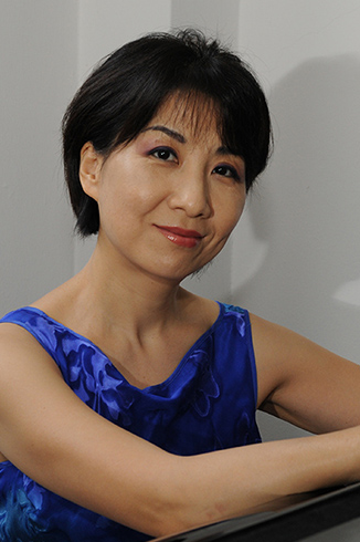 Dr. Junie Cho