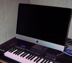 music lab computer and keyboard
